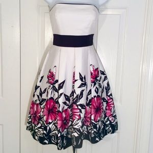 Madam X midi strapless floral dress 3/4 NWOT